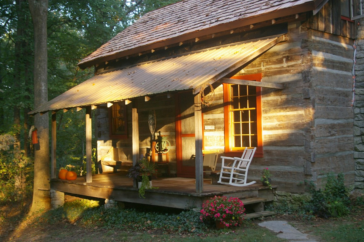 The Log Cabin is a cozy retreat for two